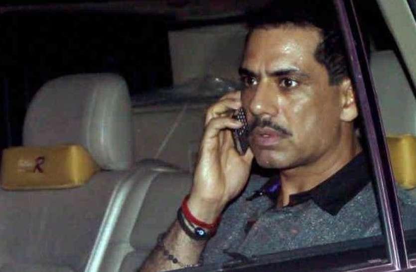 दिल्ली पुलिस ने काटा रॉबर्ट वाड्रा की कार का चालान, जानिए क्या थी वजह