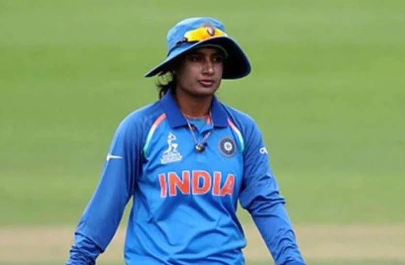 वनडे क्रिकेट में 22 साल पूरे करने वाली पहली भारतीय महिला क्रिकेटर बनीं मिताली राज