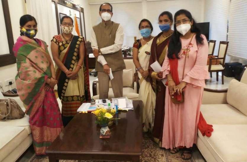 मुख्यमंत्री के आश्वासन के बाद आशा कार्यकर्ताओं की हड़ताल खत्म