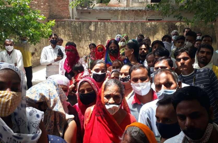 राजस्थान के इस शहर में कोविड वैक्सीन के दूसरे डोज के लिए 5 घंटे इंंतजार!.... आखिर क्या रही वजह