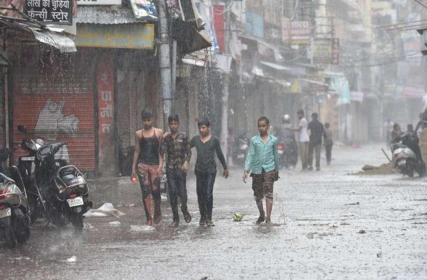 जोधपुर में झमाझम बारिश, पनाळे चली