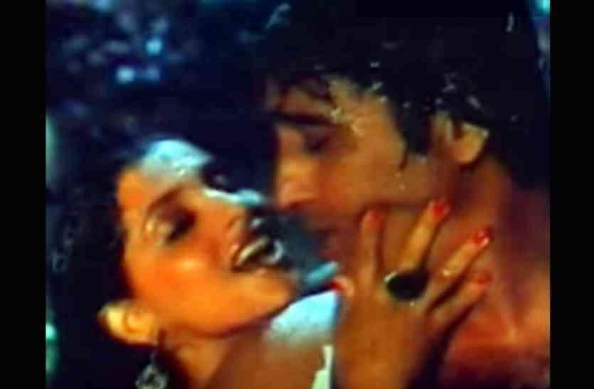 Dimple kapadia kissing vinod khanna was bitten lips were cut