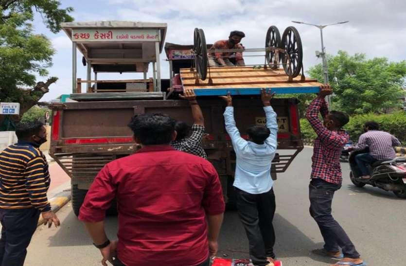 Ahmedabad : कई जगहों से हटाए अतिक्रमण
