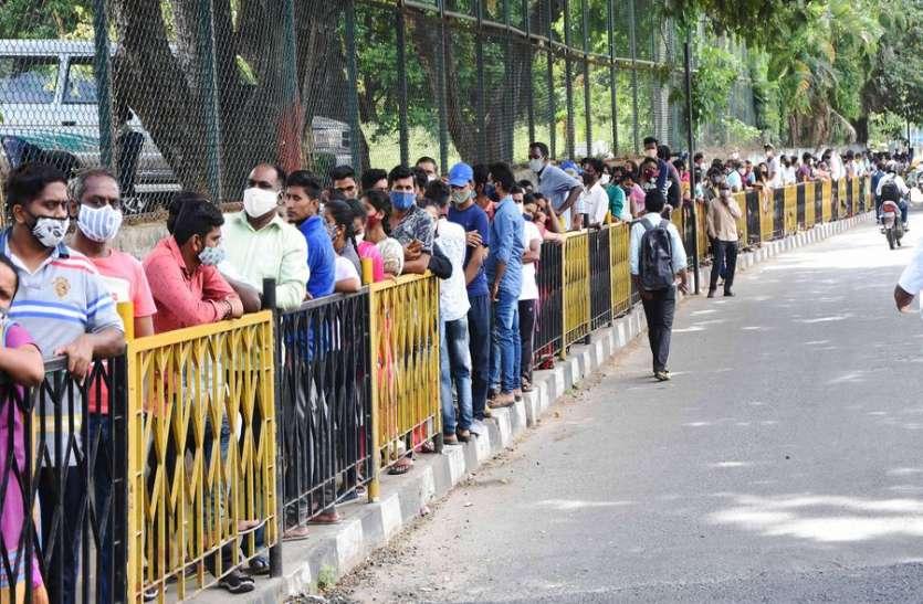 कर्नाटक में दो हजार के करीब पहुंचे कोरोना के नए मामले
