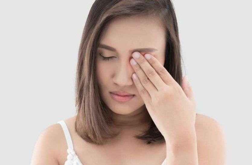 Eye care :  आंखों में इन कारणों से होती है जलन और खुजली,  दूर करने के लिए अपनाएं यह तरीके