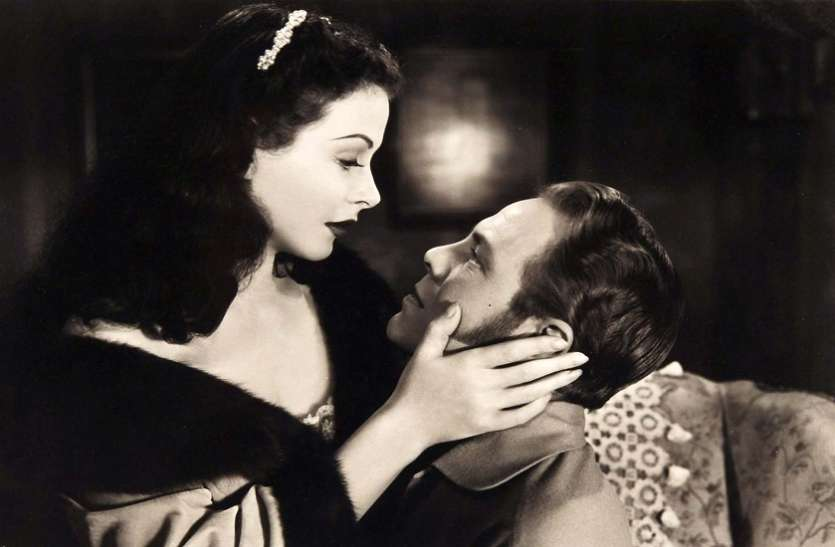 Hollywood actress gave the first intimate scene in the film, the film was made 88 years ago