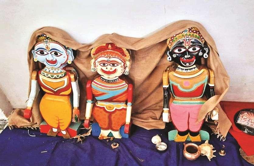 जगन्नाथ रथयात्रा महोत्सव पर कोरोना का असर: मंदिर परिसर में ही रथ की डोर खींचकर भक्तों ने निभाई रस्म