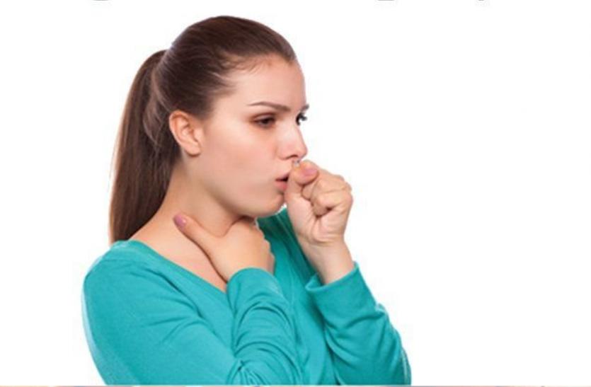 Health News: कई बीमारियों का संकेत हो सकती है खांसी, ऐसे करें घरेलु उपचार