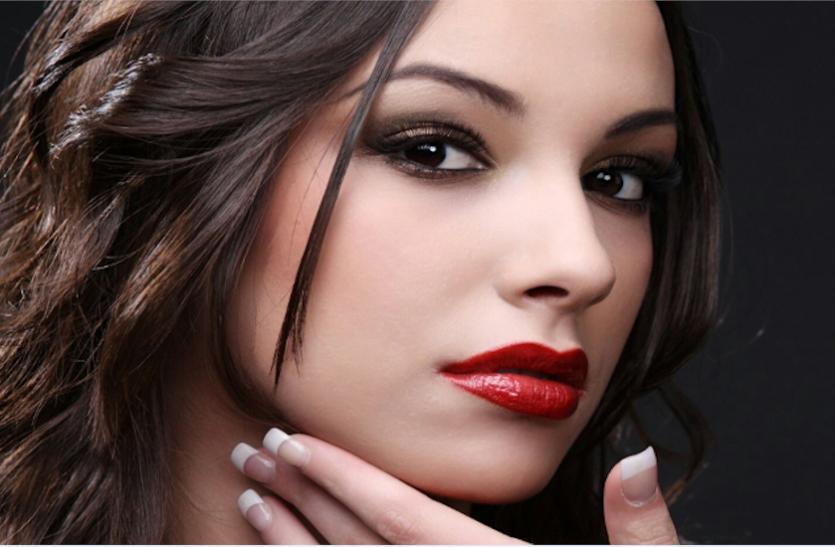 Beauty Tips: हल्दी, दूध और बेसन से पाएं गोरा निखार, ऐसे तैयार करें पेस्ट