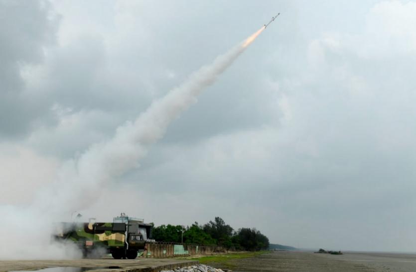 Akash Missile: DRDO ने नई पीढ़ी की आकाश मिसाइल का किया सफल परीक्षण, जानिए खासियत