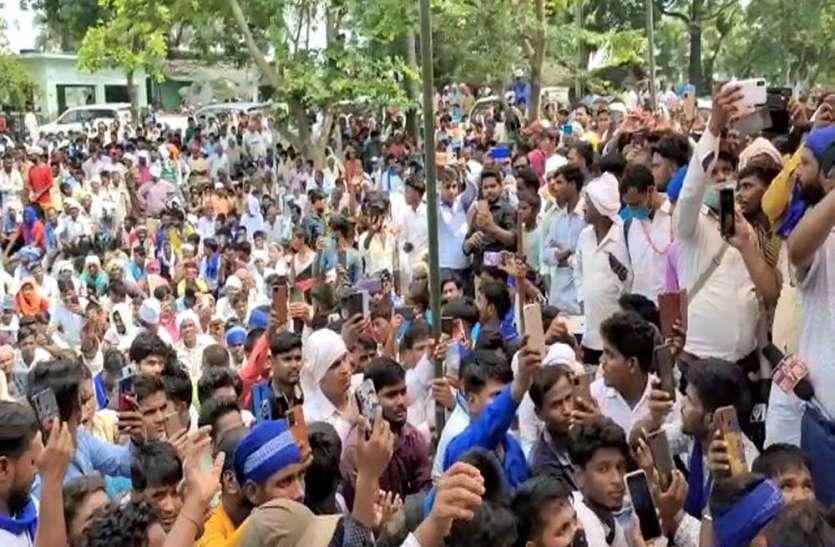 भीम आर्मी के शक्ति प्रदर्शन से बढ़ी विरोधी दलों की बेचैनी, बड़े दल भी नहीं जुटा पाते ऐसी भीड़
