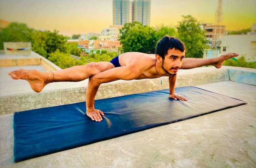बचपन में योग से जुड़े, 21 साल की उम्र तक कई मैडल, एडवांस योग के मास्टर का लक्ष्य अगला ओलंपिक