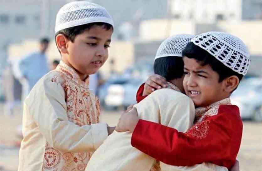 ईदगाह में बैन रहीं धार्मिक गतिविधियां, धर्म स्थलों में मौजूद रह सकेंगे सिर्फ 50 लोग