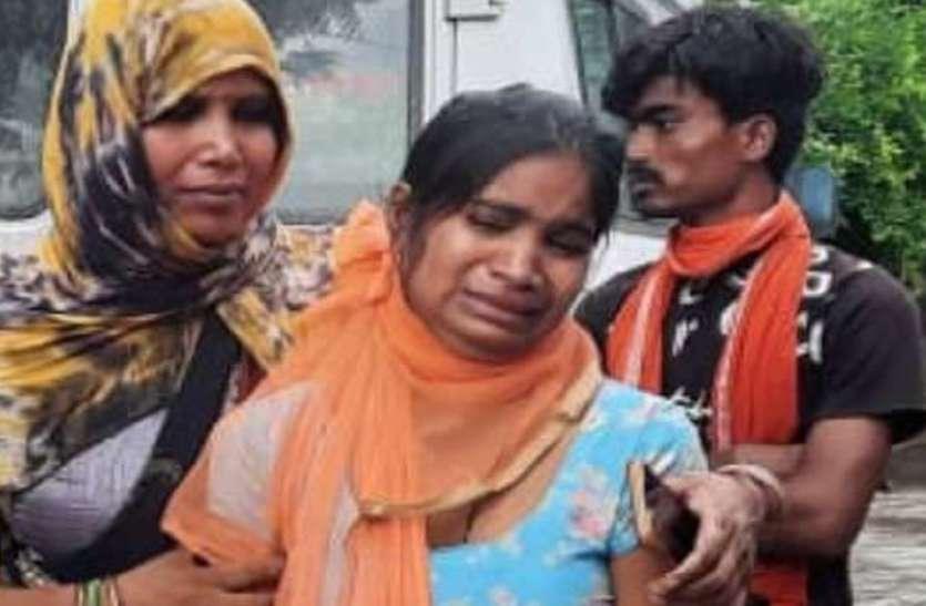 रायबरेली में आकाशीय बिजली गिरने से मां-बेटे-बेटी की मौत