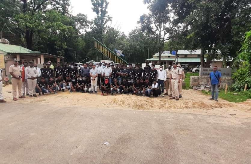 कान्हा पार्क के बफर जोन के युवा लेंगे विश्वस्तरीय प्रशिक्षण