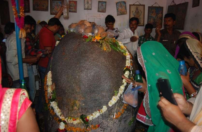 आज श्रावण मास का पहला सोमवार, ये हैं सिद्ध और दिव्य शिवालय जहां भगवान ने किया शिवार्चन