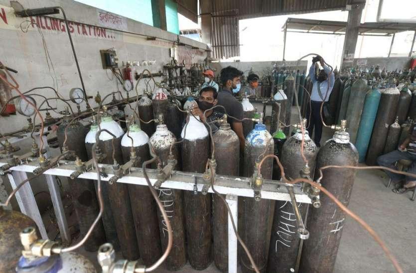 अपर मुख्य सचिव गृह द्वारा 30 आक्सीजन कन्संट्रेटर अयोध्या भेजे गये,पढ़िए पूरी खबर