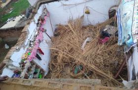 मकान की छत गिरी, दब गई मासूम जिंदगी