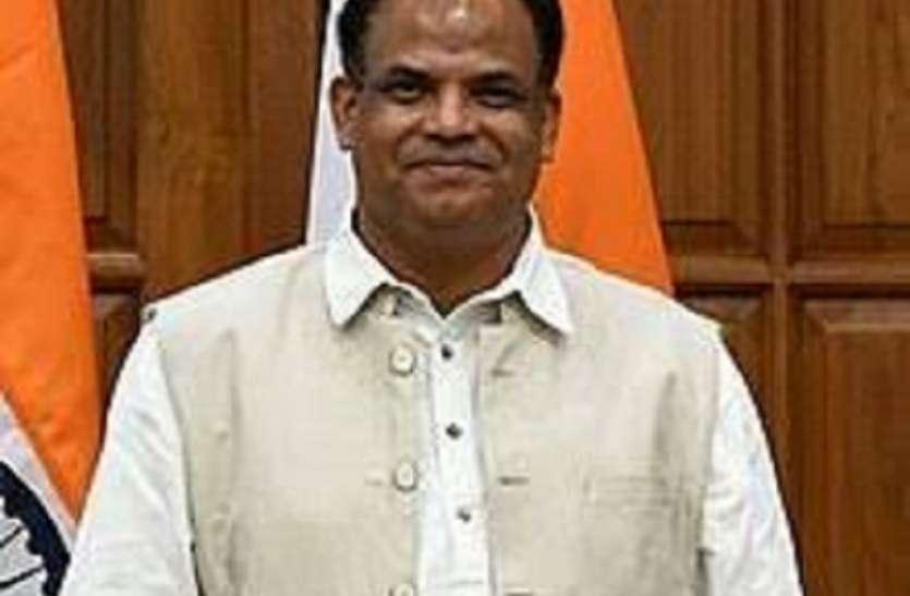 केन्द्रीय राज्यमंत्री जॉन बारला फिर से विवादों के घेरे में, बलात्कार पीड़ित एक महिला ने ...