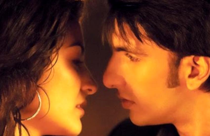 kissing_scene_band_baaza_barat.png