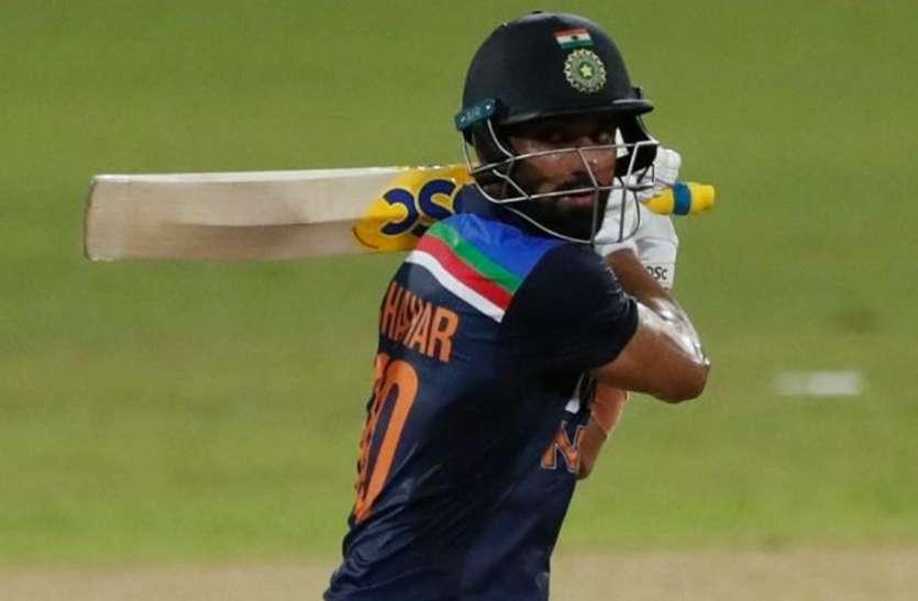 IND vs SL 3rd T20I : धोनी और पठान के बाद भुवनेश्वर के नाम दर्ज हुआ अनचाहा रिकॉर्ड