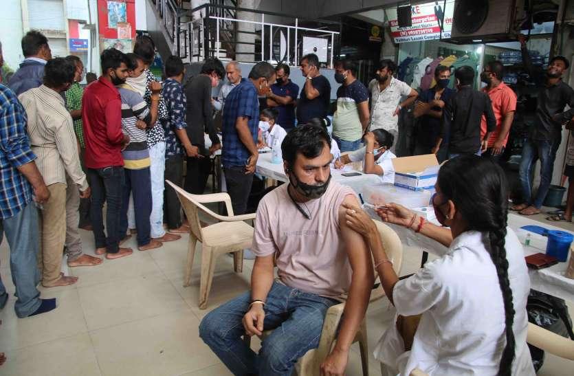 Gujarat: कोरोना वैक्सीन की आज मिलेगी सिर्फ दूसरी डोज