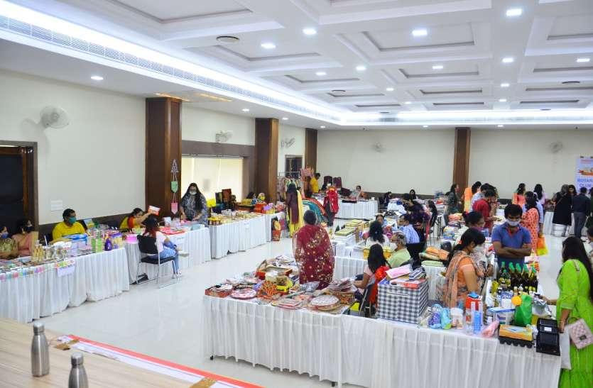 INDUSTRY--महिलाओं ने मनाया राखी उत्सव कार्यक्रम