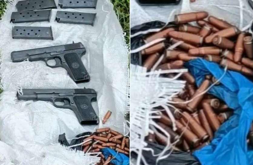 Jammu Kashmir: जम्मू के सांबा जिले में मिले हथियार, ड्रोन से गिराए जाने की संभावना