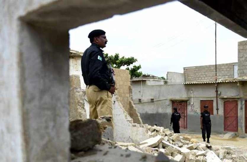 पाकिस्तान: हिंदू मंदिर पर हमले में 20 लोगों को करा गिरफ्तार, 150 से अधिक पर मामला दर्ज
