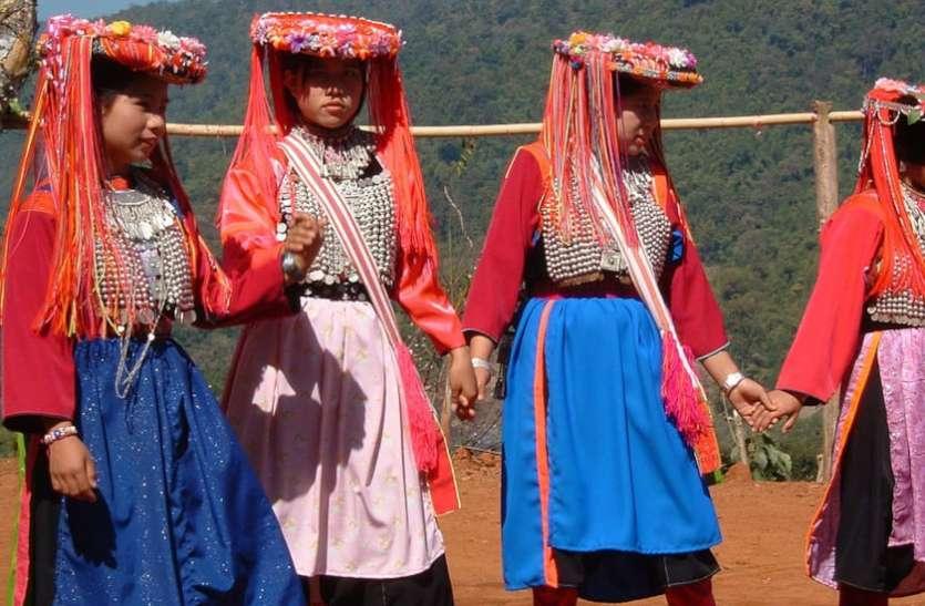 World Tribal Day : आदिवासियों के कानूनी अधिकार और उनके लिए बनी समितियां