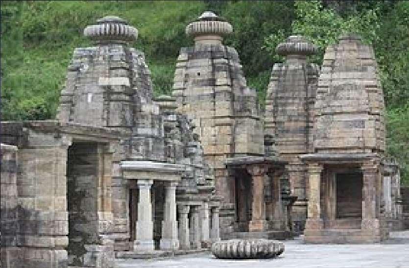 temples near Katarmal Sun Temple Almora Uttarakhand