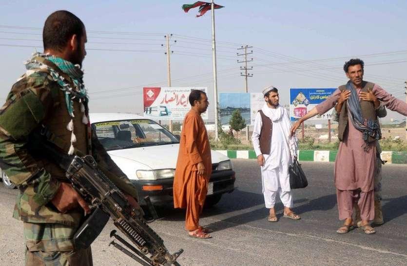 चीन कर रहा तालिबान की पैरवी, दुनिया से की अफगानिस्तान की मदद करने की अपील