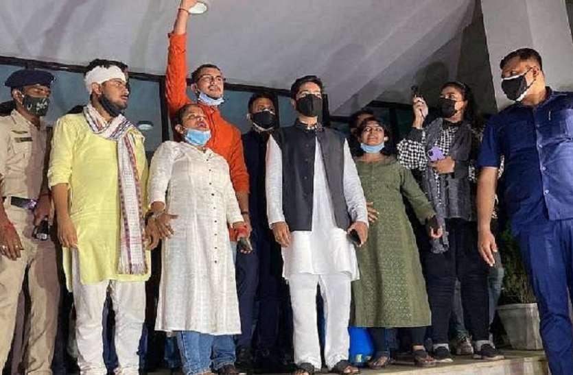 बंगाल सीएम ममता बनर्जी के भतीजे अभिषेक सहित 5 तृणमूल नेताओं पर त्रिपुरा  पुलिस ने दर्ज