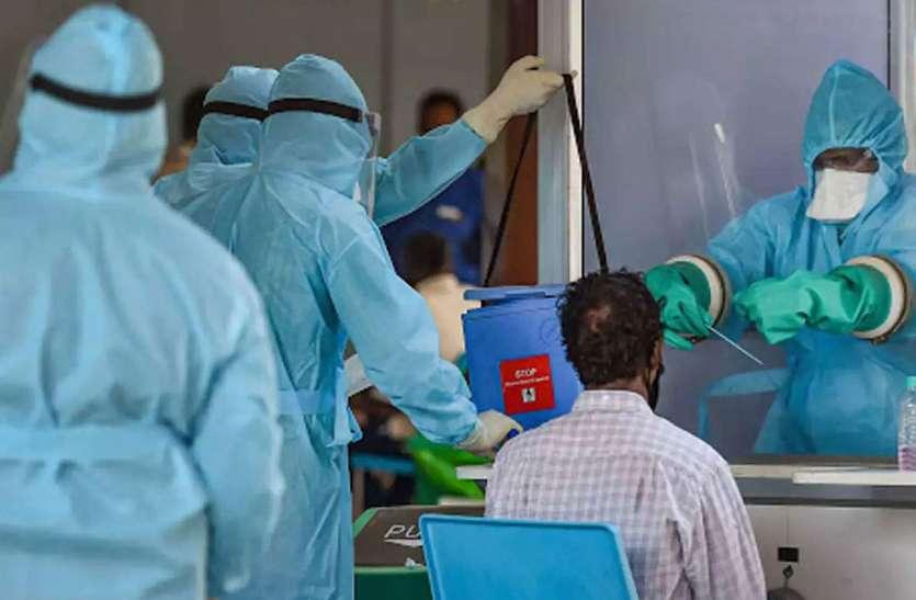 Kerala: एक ही जिले में वैक्सीन की दोनों डोज लगाने के बाद भी 5 हजार से ज्यादा कोरोना पॉजिटिव, नए वेरिएंट की आशंका