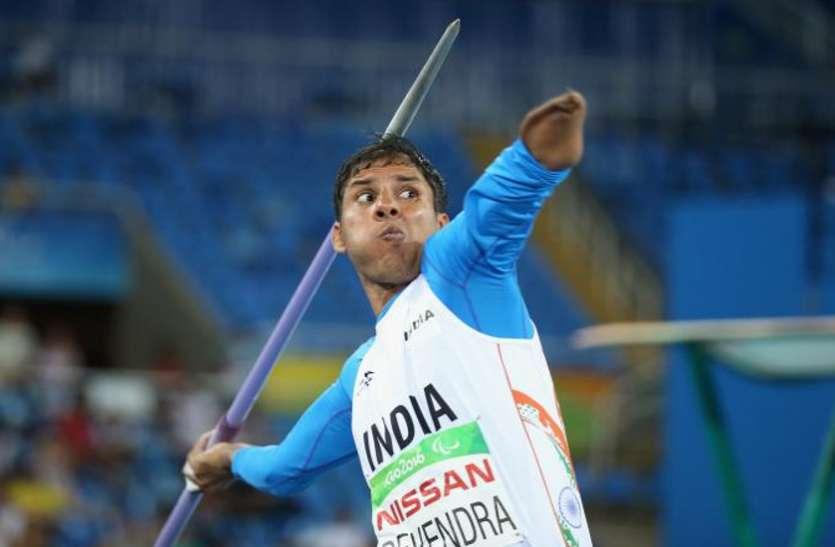 देवेंद्र झाझड़िया: वो एथलीट जिसने नीरज चोपड़ा से पहले जेवलिन थ्रो में भारत को दिलाए दो गोल्ड मेडल, अब तीसरे स्वर्ण पर नजर