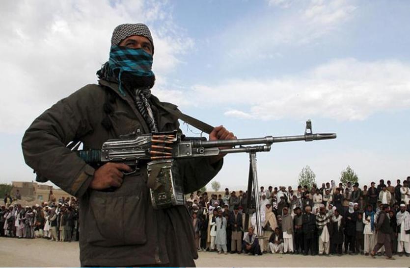 तालिबान ने जारी किया पहला फतवा, को-एजुकेशन को बताया सारी बुराईयों की जड़
