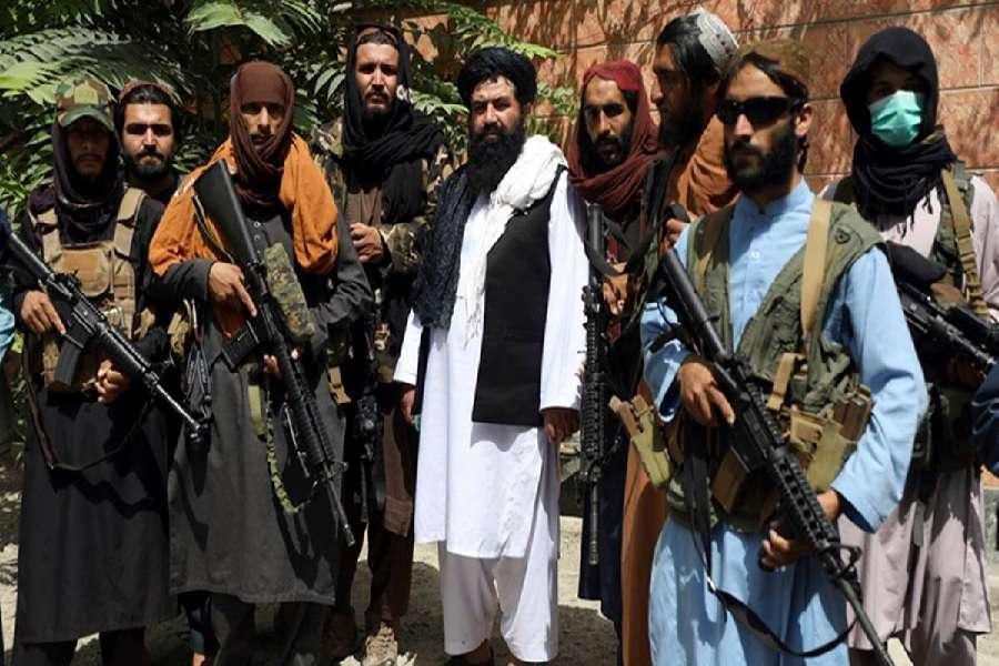 आपकी बात, तालिबान के मामले में भारत को किस तरह की नीति अपनानी चाहिए?