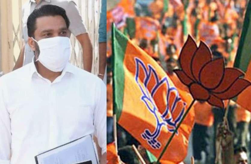 अब CM OSD Lokesh Sharma के निशाने पर BJP, 'इशारों' भरे ट्वीट में कह डाली ये बात