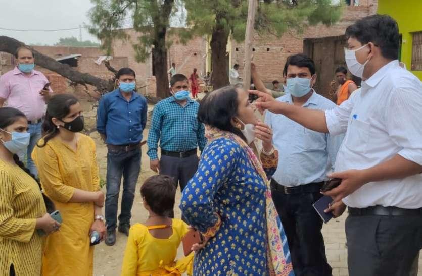 कोरोना के बाद अब डेंगू की मार, दो की मौत और सैकड़ों बीमार