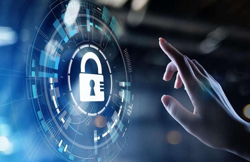 Cyber Fraud: हर तरह के फ्रॉड से बचने के लिए सुरक्षित है कार्ड प्रोटेक्शन प्लान