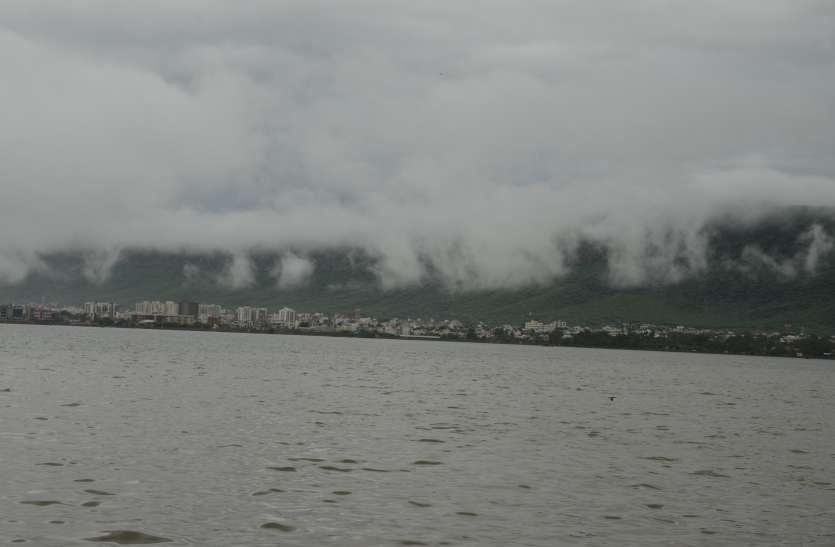 Weather report: नहीं टूटी बादलों की चुप्पी, मौसम रहा सामान्य