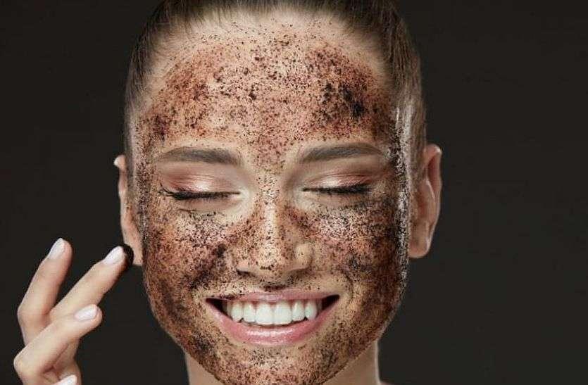 Dead skin : चेहरे से मृत त्वचा को हटाने के लिए अपनाएं ये घरेलू उपाय