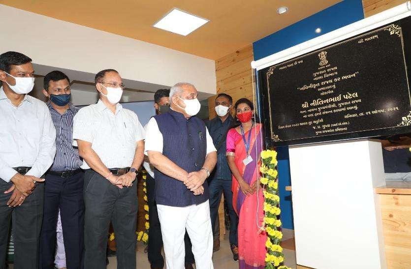 Gujarat: 'कोरोनाकाल में भी १.६० लाख नए व्यापारियों ने कराया जीएसटी पंजीकरण'