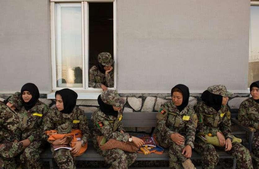 अफगानिस्तान में वहशी तालिबानियों को हर घर से चाहिए लडक़ी, लाशों के साथ भी बनाते हैं संबंध