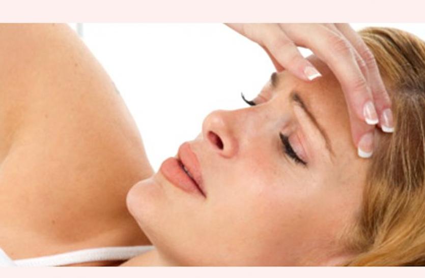 Health News: सिरदर्द की समस्या से राहत पाने के लिए शरीर में न होने दे पानी की कमी