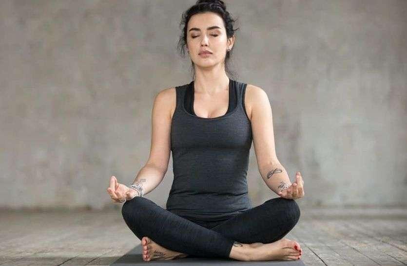Stress : तनाव को दूर करने के लिए रोजाना करें यह आसन, मन को मिलेगी बेहद शांति