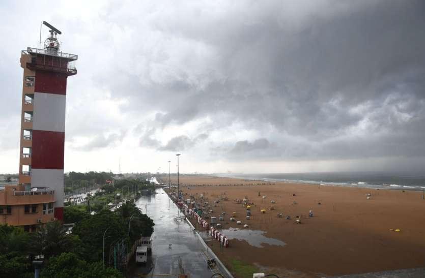 तमिलनाडु में आज भी भारी से मध्यम बारिश होने का अनुमान: मौसम विभाग