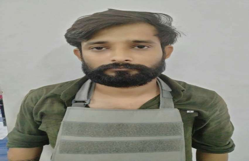 हत्या की कोशिश मामले का वांछित साथी के साथ गिरफ्तार