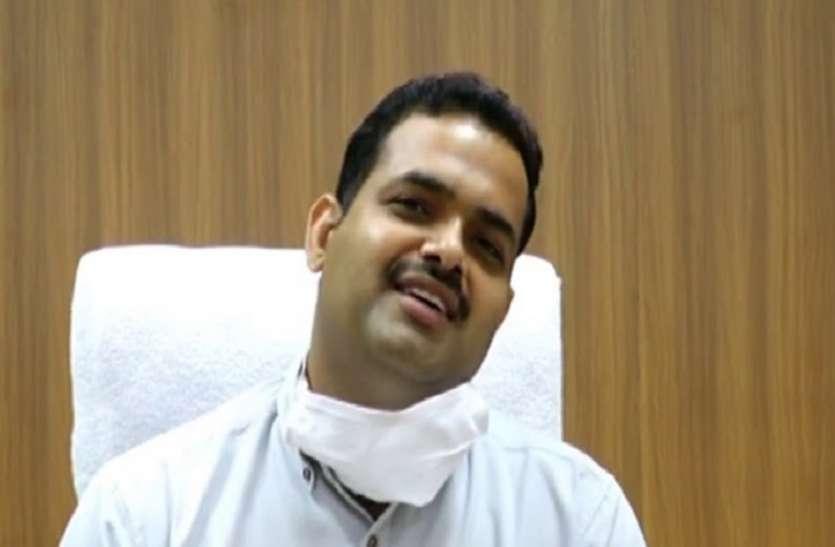 नरसिंहपुर के नए कलेक्टर रोहित सिंह ने दुर्घटना नियंत्रण को दिए ये महत्वपूर्ण सुझाव