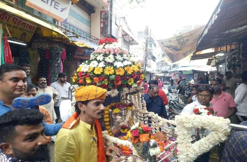 श्रद्धा के साथ मनाया बाबा रामदेव का जन्मोत्सव
